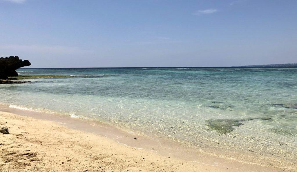 ウミガメ館近くのビーチ