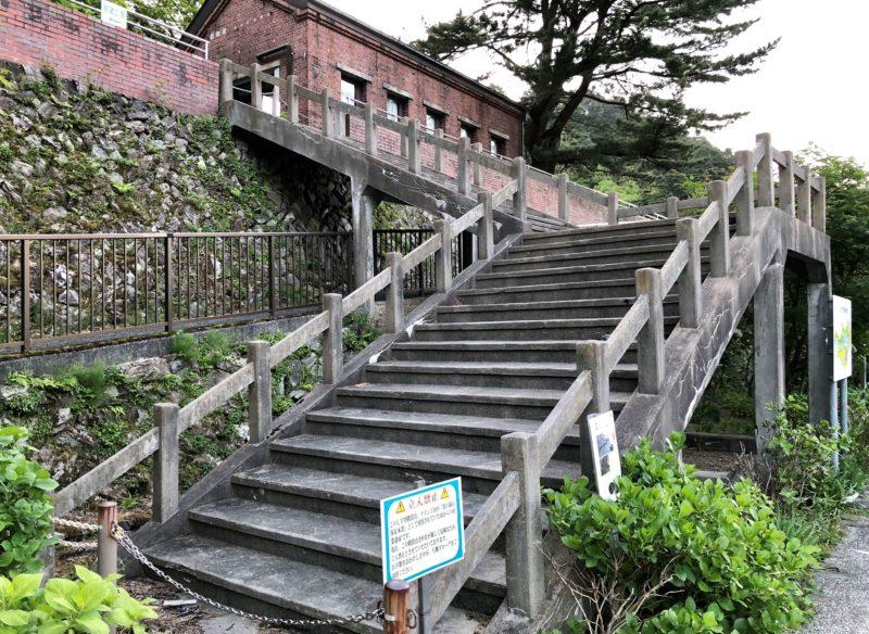L字型階段