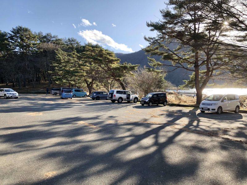 本栖湖畔駐車場